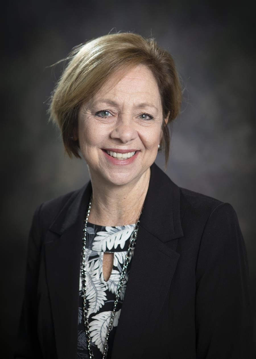 Superintendent of Schools Donna Hanlin