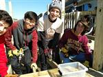 JMB Leo Club Members Help Build Access Ramp