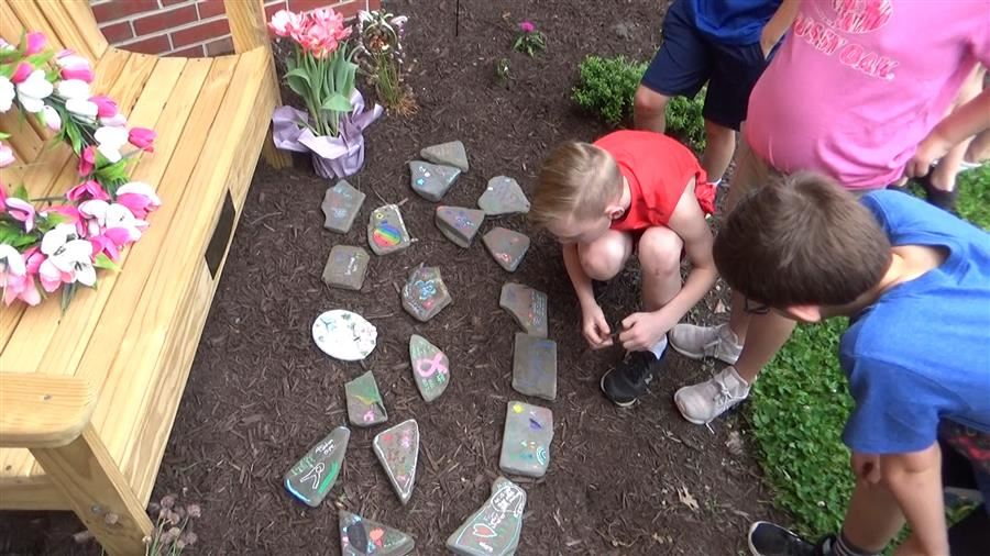 Northwestern Students Create Memory Garden